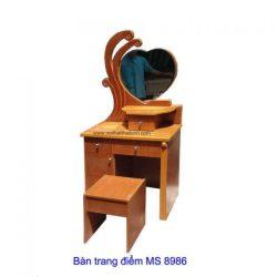 ban-trang-diem-8986